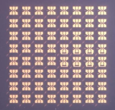 Grat-FET array photo