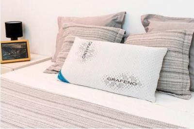 Cecorelax Graphene Memory Foam Pillow photo