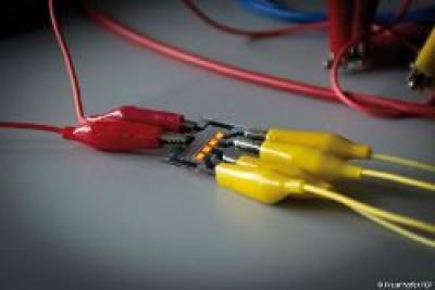 Graphene electrode for OLEDs image