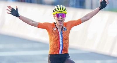 Dutch Cyclist wins Olympic silver medal in shirt printed by Directa Plus image